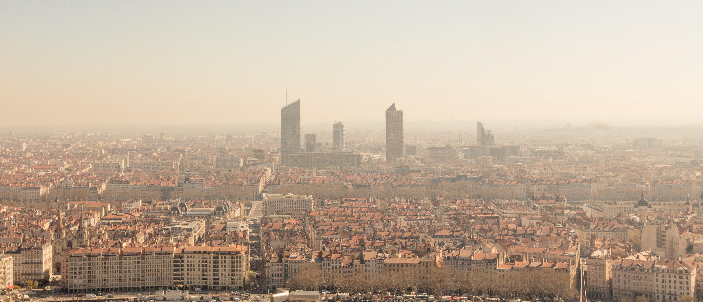 Image représentant la pollution de l'air d'une grande ville française